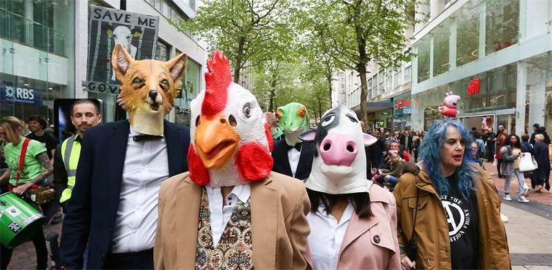 צעדה למען זכויות בעלי החיים בבריטניה / צילום: שאטרסטוק