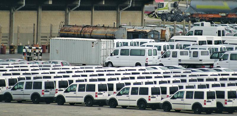 רכבי יבוא בנמל אשדוד / צילום: תמר מצפי