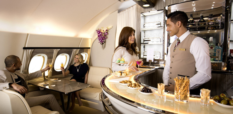 Bar on an Emirates aircraft / Photo: Company website