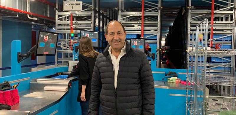 רמי לוי במרכז הלוגיסטי האוטומטי החדש במגדל שלום בתל-אביב / צילום: שני מוזס, גלובס
