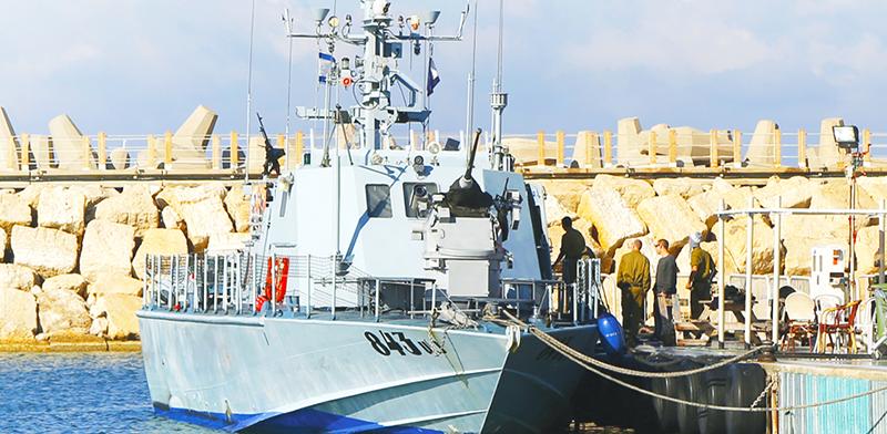 """ספינת """"סופר דבורה"""" שמיוצרת ברמתא / צילום:  Shutterstock/ א.ס.א.פ קרייטיב"""