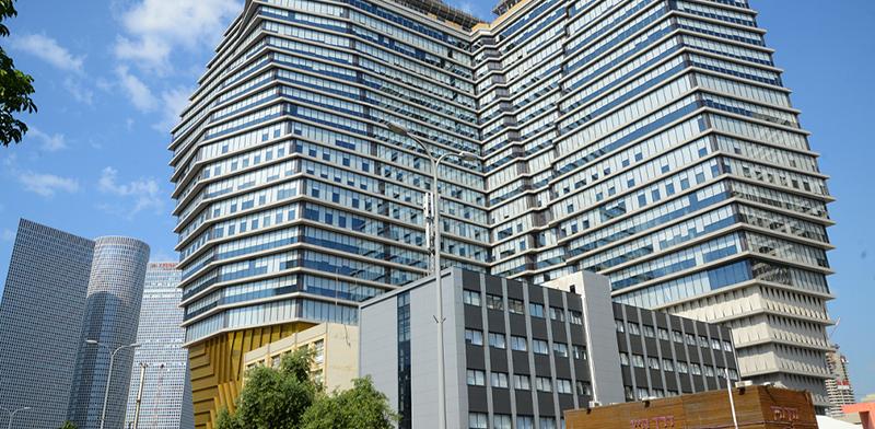 בניין תוצרת הארץ בתל אביב / צילום: איל יצהר