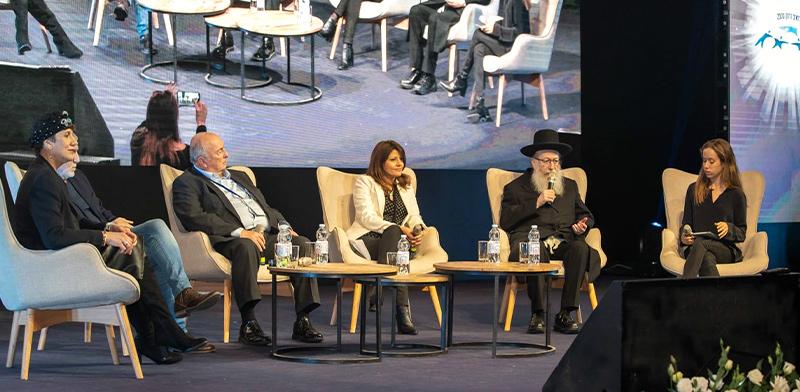"""פאנל """"רואים רחוק 2030"""", כנס משרד הבריאות בתל-אביב / צילום: משרד הבריאות"""