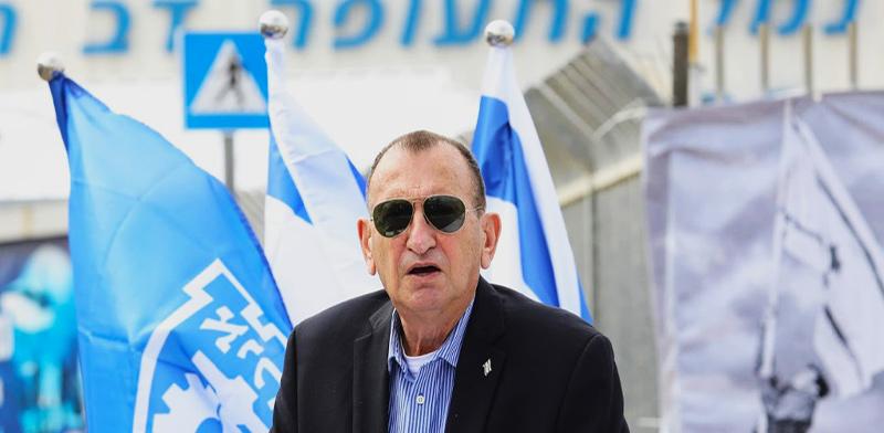ראש עיריית תל-אביב, רון חולדאי, במסיבת עיתונאים בנושא שדה דב / צילום: שלומי יוסף