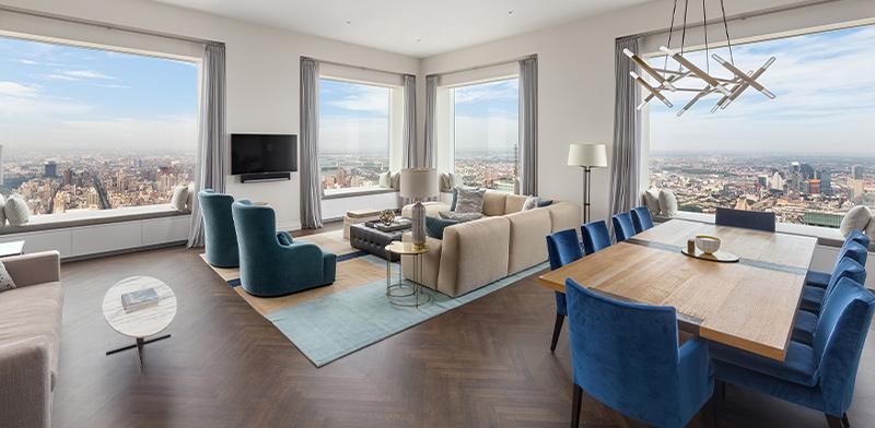 """סלון של דירה בפארק אווניו 432, ניו יורק / צילום: יח""""צ"""