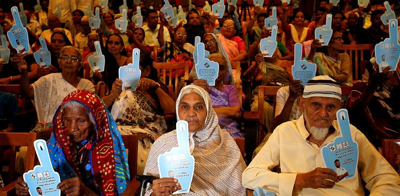 מתכוננים להצבעה בהודו / צילום: רויטרס / AMIT DAVE