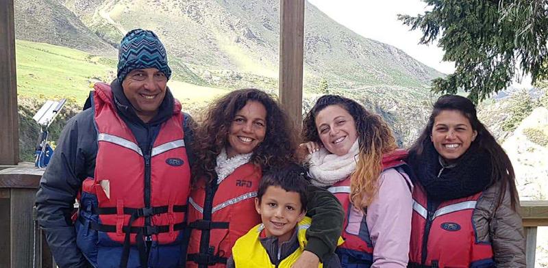 """הלה אורן, מנכ""""ל קרן תל אביב, ומשפחתו / צילום: אלבום פרטי"""