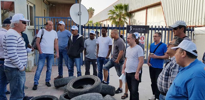 עובדי חרסה מפגינים נגד סגירת המפעל בבאר שבע - היום השלישי / צילום: באדיבות אגף הדוברות בהסתדרות