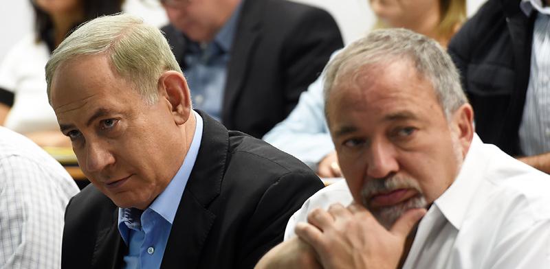 Benjamin Netanyahu, Avigdor Liberman  photo: Haim Bornstein