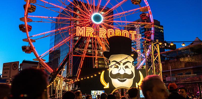 """אירוע למעריצי הסדרה """"מר רובוט""""  / צילום: shutterstock, שאטרסטוק"""
