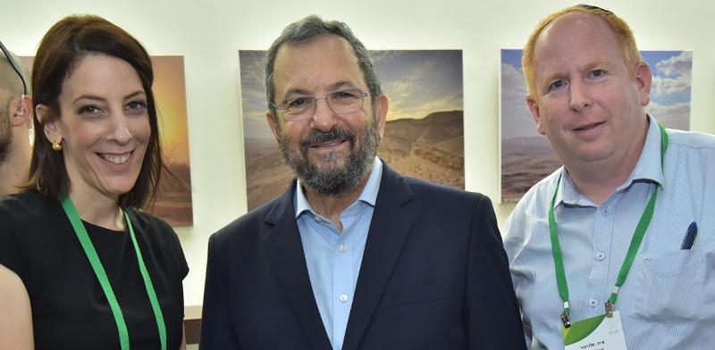 איתי מלכיאור, אהוד ברק וטל אוחנה  / צילום: אשר אזולאי