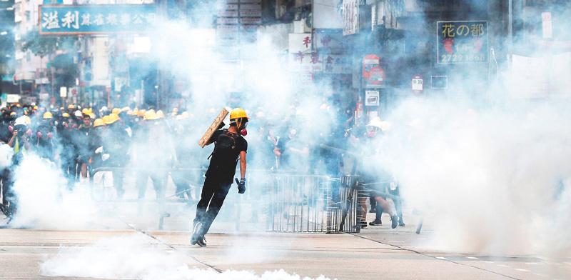 המהומות המתמשכות בהונג קונג / צילום: Tyrone Siu, רויטרס