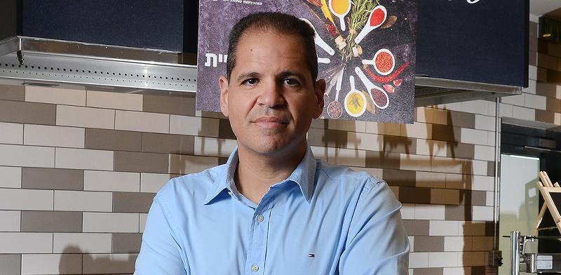 """חזי עובדיה, מנכ""""ל ISS ישראל / צילום: איל יצהר, גלובס"""