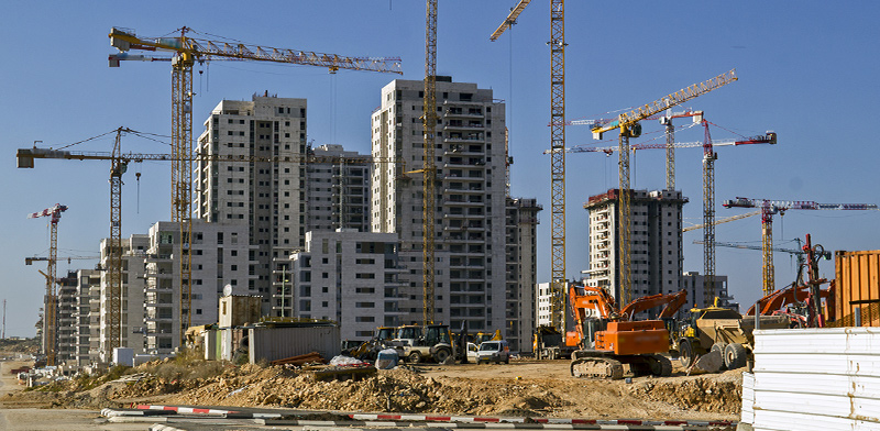 New apartments under construction  / Photo: Shutterstock, Shutterstock.com