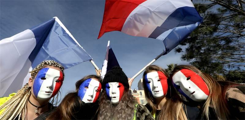 מחאת האפודים הזוהרים בצרפת /  REUTERS/Eric Gaillard