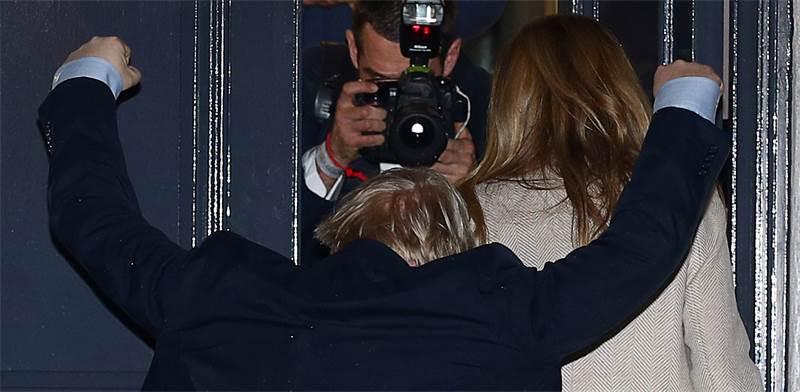 בוריס ג'ונסון חוגג את ניצחונו בבחירות בבריטניה / צילום: Hannah McKay, רויטרס