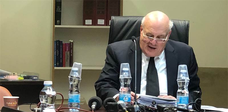 """יו""""ר ועדת הבחירות, השופט העליון חנן מלצר / צילום: טל שניידר"""