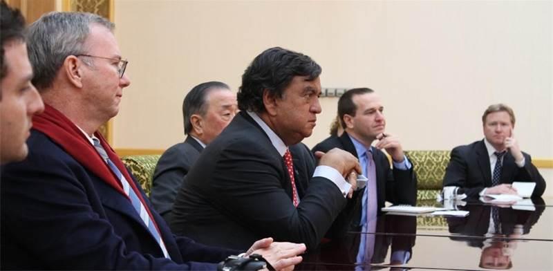 ריצ׳ארדסון וברגמן, בפגישה בצפון קוריאה / צילום: מרכז ריצ׳ארדסון