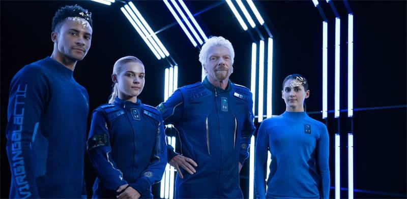 חליפות החלל של אנדר ארמור / צילום: Virgin Galactic