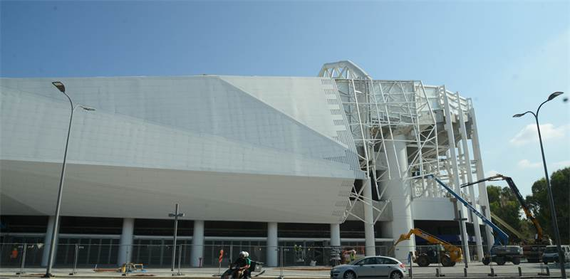 העבודות על אצטדיון בלומפילד ביפו / צילום: איל יצהר, גלובס
