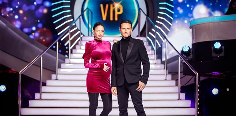 """מנחי """"האח הגדול VIP"""", גיא זוארץ ולירון ויסמן / צילום: מיכה לובטו"""