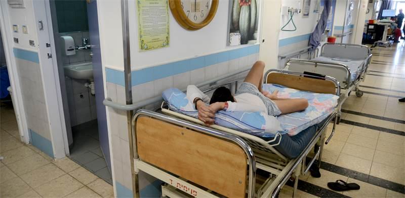 צפיפות בבתי חולים/צילום:איל יצהר
