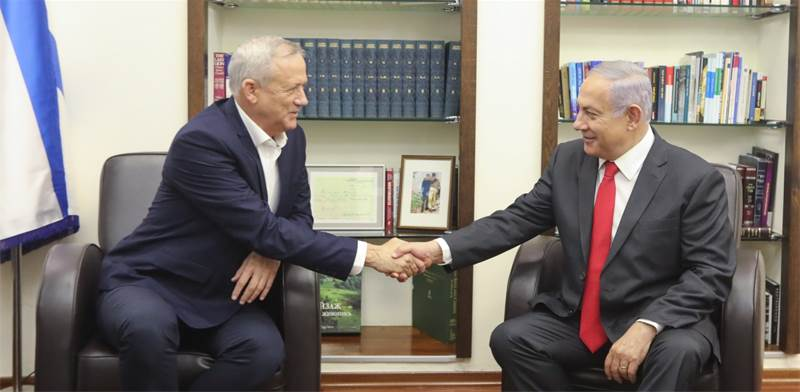 Benny Gantz and Benjamin Netanyahu  / Photo: Elad Malka, ira prohorov