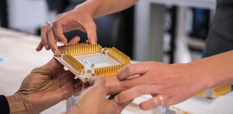Google quantum computer component