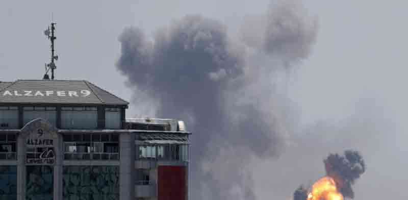 Explosion in Gaza Photo: Reuters