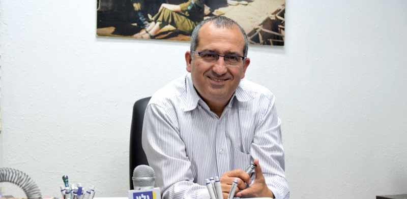 """מנהל גלי צה""""ל, שמעון אלקבץ / צילום: עירד עצמון שמאייר"""