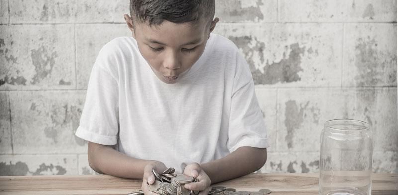 לדבר עם ילדים על כסף / צילום: Shutterstock | א.ס.א.פ קריאייטיב