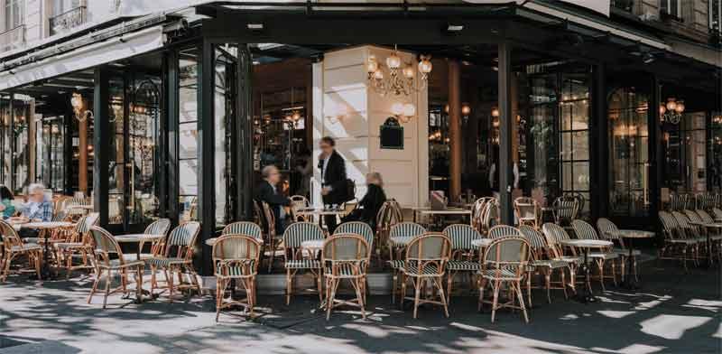 בית קפה בפריז./ צילום:Shutterstock א.ס.א.פ קריאייטיב