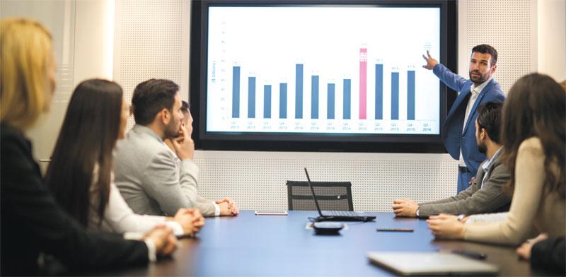 עוברים על המספרים./ צילום: Shutterstock א.ס.א.פ קרייטיב