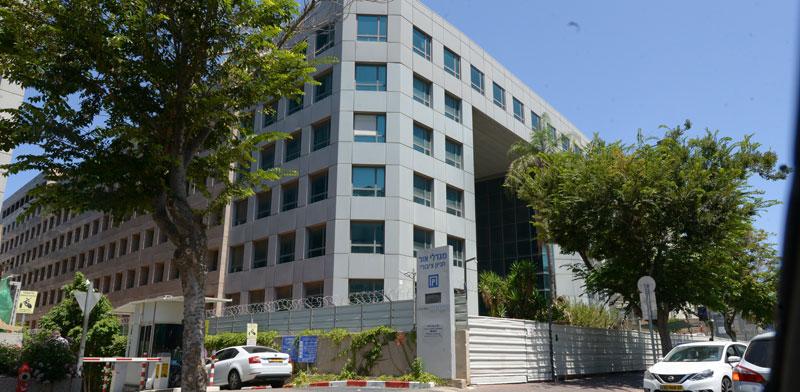 בניין שגרירות סין ברחוב הברזל 29 ברמת החייל / צילום: איל יצהר