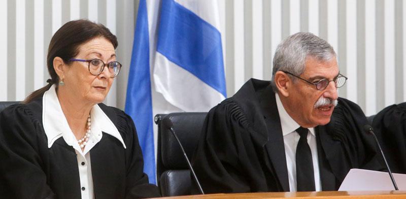 נשיאת בית המשפט העליון אסתר חיות ונציב תלונות הציבור נגד שופטים אורי שהם/ צילום: מארק ישראל סלם - הארץ