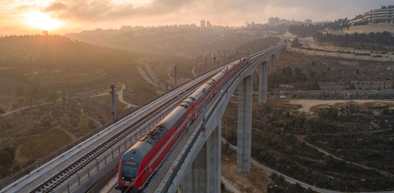 Israel Railways Photo: Shutterstock