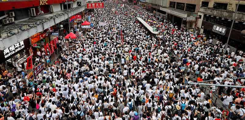 תהלוכת הענק בהונג קונג/  צילום: רויטרס, Tyrone Siu