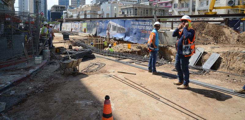 עבודות הרכבת הקלה בתל אביב/ צילום: איל יצהר