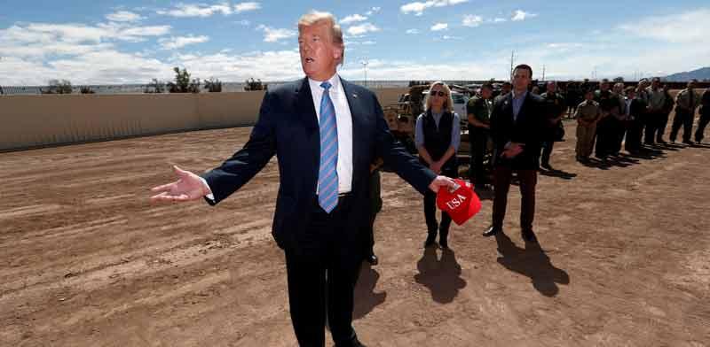 "הנשיא טראמפ מבקר בגבול ארה""ב־מקסיקו/ צילום: רויטרס, Kevin Lamarque"