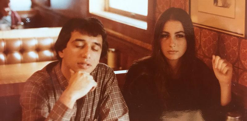 רותי ומתי ברודו בצעירותם / צילום: באדיבות קופי בר