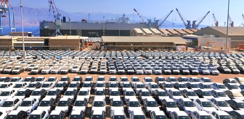 רכבים חדשים בנמל אילת / צילום: shutterstock