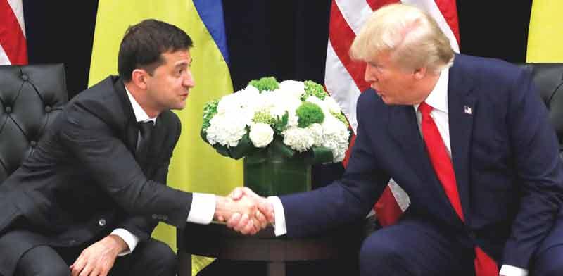 """נשיא ארה""""ב דונלד טראמפ ונשיא אוקראינה ולודימיר זלנסקי / צילום: רויטרס"""