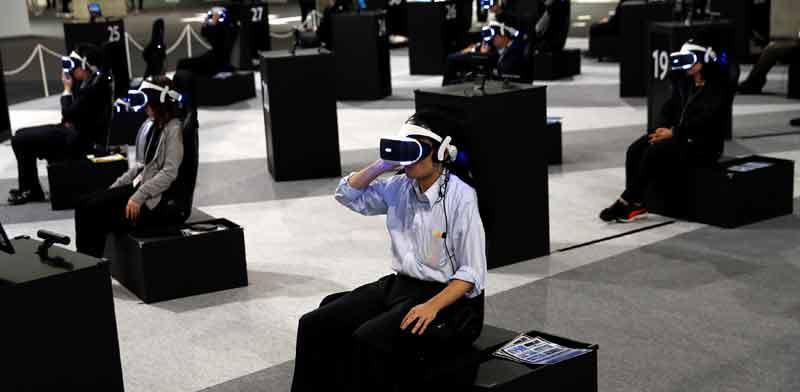 משקפי מציאות וירטואלית / צילום: רויטרס, Kim Kyung-Hoon