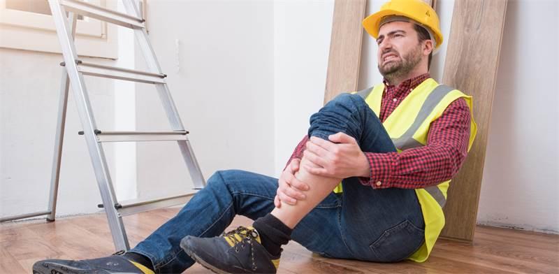 תאונת עבודה, למצות את כל הזכויות / צילום: Shutterstock/א.ס.א.פ קרייטיב