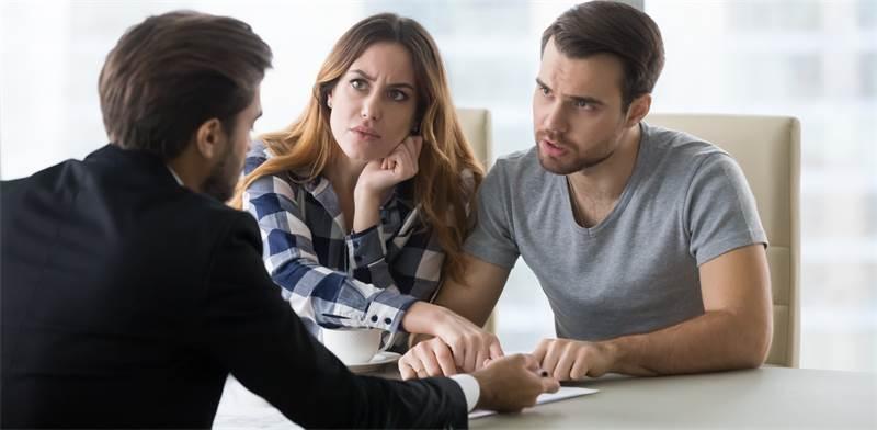 עורך דין המתמחה בתביעות ביטוח לאומי יכול לסייע בתהליך / צילום: Shutterstock/א.ס.א.פ קרייטיב