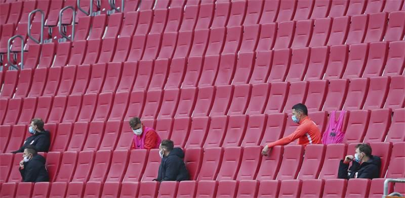 מושבים ריקים במשרד הבונדסליגה בגרמניה / צילום: Michael Dalder, רויטרס