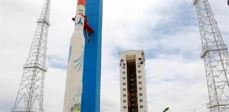 """שיגור הלוויין האיראני """"זפאר 1"""" / צילום: סוכנות הידיעות האיראנית - אירנא"""