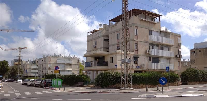 שכונת נווה עופר (אבו כביר) / צילום: גיא נרדי