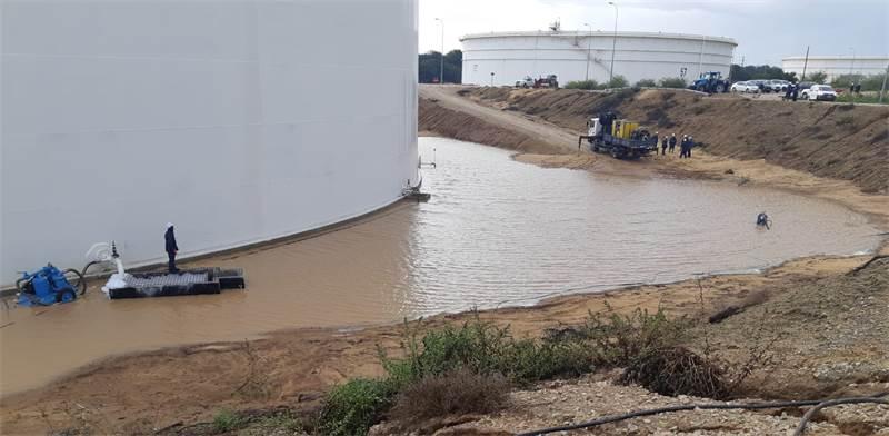 """דליפה במיכל דלק של קצא""""א / צילום: איגוד ערים לאיכות הסביבה נפת אשקלון"""