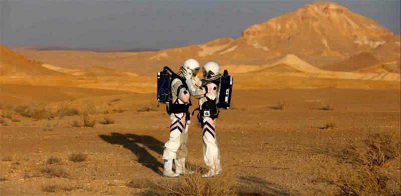 רמונאוטים במשימת ההדמיה הראשונה של די-מארס / צילום: מנחם כהנא